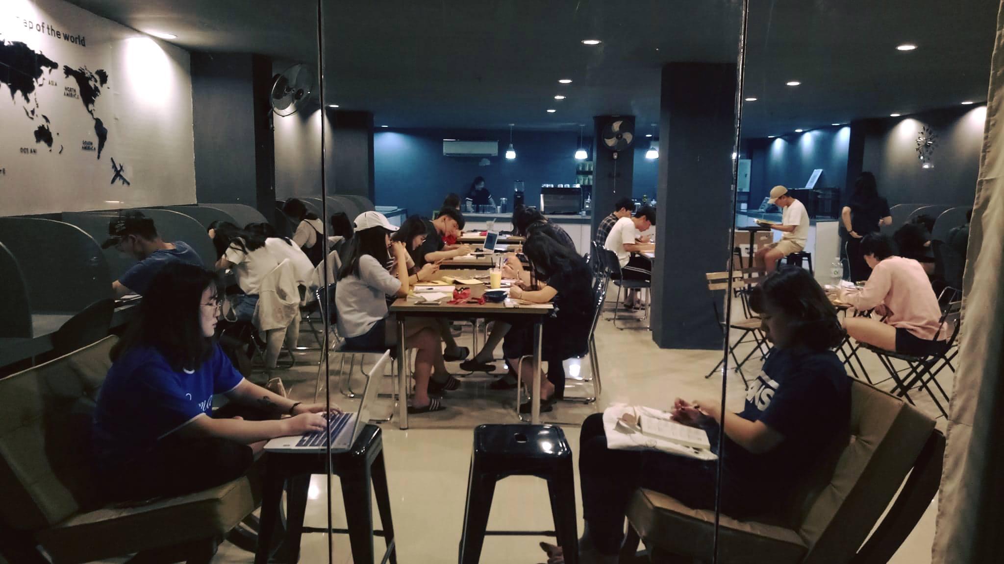 カフェ付き自習室